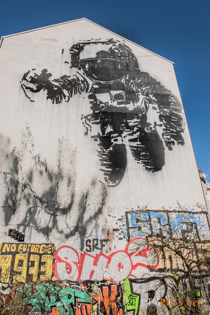 Alternative Berlin Tours - Real Berlin Experience
